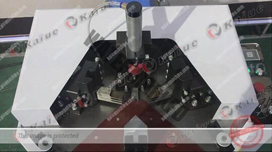 Single Head Corner Crimping Machine 120 Details 3