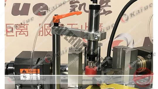 Single Head Corner Crimping Machine 160D Details 2